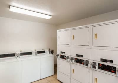 Clean-Laundry-room